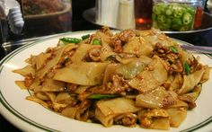 Drunken Noodles - Super SImple and Ready to Eat in 15 Minutes! YUM Make with GF soy sauce, of course!