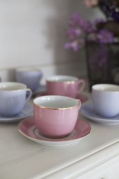 decoracao-mesa-de-pascoa-almoco-em-tons-de-violeta-e-rosa-provence-22