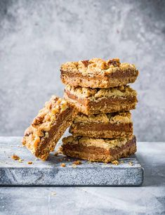Try our salted caramel slice recipe with walnuts. Our easy caramel slice recipe is a caramel recipe with nuts. Try our caramel walnut slice for an easy snack Easy Caramel Slice, Salted Caramel Slice, Honey Caramel, Vegan Desserts, Delicious Desserts, Dessert Recipes, Walnut Recipes, Caramel Recipes, Sweet And Salty