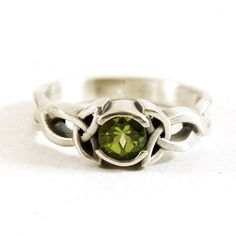 Celtic Peridot Ring With Trinity Knot Design in by CelticEternity