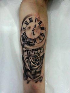 Blackandgray Rose and Clock Tattoo #dövme #kadıköy dövme #kadıköy tattoo