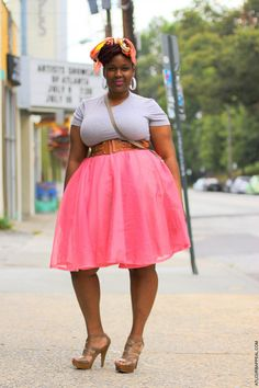 Love the pink & tan, cute plus size outfit... maybe without the belt right under the boobs though