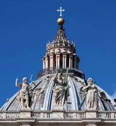 Christ the Redeemer flanked by St John the Baptist and St Andrew, facade of St Peters Basilica, Rome. Renaissance Architecture, Religious Architecture, Christ The Redeemer Brazil, St Peters Basilica, Waterfront Restaurant, John The Baptist, Vatican City, Walking Tour, Bridges