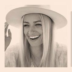 Instagram Beth Behrs, Panama Hat, Hats, Instagram, Fashion, Moda, Hat, Fashion Styles, Fasion