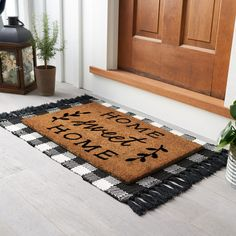 Spruce up any living area with this versatile SONOMA Goods For Life Doormat and Rug Collection. Small Porch Decorating, Decorating On A Budget, Front Door Rugs, Front Door Decor, Porch Mat, Porch Rugs, Small Front Porches, Affordable Home Decor, Woven Rug