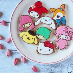 Sanrio iced cookies by (@asami_kamioka)