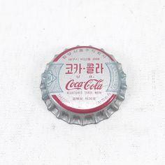 73 個讚好,2 則回應 - Instagram 上的 Junghoon Suk(@kokomo68):「 1970's unused crown cap from Korea #cocacolakorea #cocacolacrowncap #코크스타일 #코카콜라 #공식클럽 #한국코카콜라공식클럽… 」
