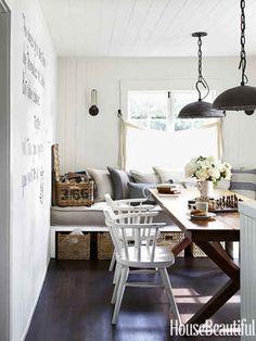 LOVE. this. breakfast room