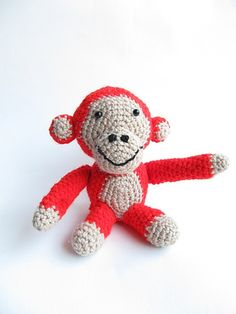 Monkey  free crochet pattern by blogger Little Things Blogged