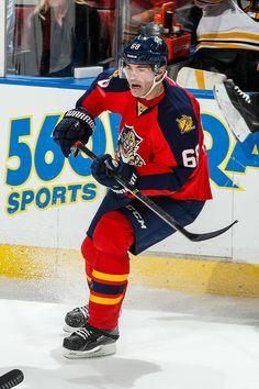 Jaromir Jagr, Florida Panthers - 722 : NHL's top goal scorers among active players Panthers Hockey, Top Goal, Florida Panthers, Sport Football, Sports Stars, Sport Man, Hockey Players, Snowboarding, Nhl