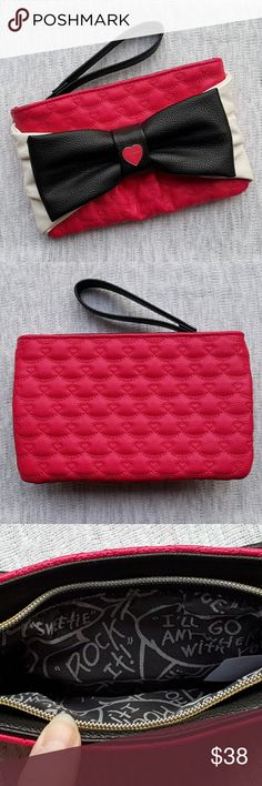 🎀host pick!🎀 betsey johnson ~ large bow wristlet 🎀tag is detached but wristlet is brand new, never used! 🎀approximate measurements are: 5in height, 8in width   🚫no trades🚫no holds🚫 🙋offers gladly considered if  given through the offer button🙋 OR  💞bundle your likes - I'LL send YOU a SPECIAL DISCOUNTED OFFER!💞 Betsey Johnson Bags Clutches & Wristlets