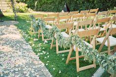 Garden Wedding  http://heyletstietheknot.blogspot.com/