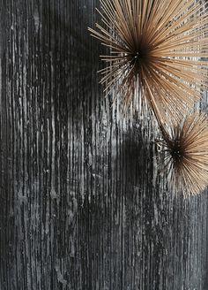 #limeplaster ANTIKA Details by KREADIANO | #livingroom  #walldesign #wallcovering #kalkputz