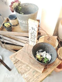 rustic wood and backet if anyone has these buckets let me know.. i`ll  buy them from you