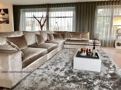 Room curtains: learn how to choose with practical tips - Home Fashion Trend Elegant Living Room, Living Room Grey, Home And Living, Living Room Decor, Home Interior, Interior Design Living Room, Living Room Designs, Luxe Decor, Dream Home Design