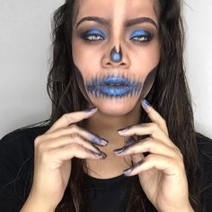 """157 vind-ik-leuks, 23 reacties - L I T I A A D A M (@__royaltymakeup) op Instagram: ' My first look of SkullTOBER 