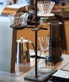 Set up complete V60 & Kalita from @alternativebrewing |  TAG your coffee friend! |  Shop NOW: http://ift.tt/1uHcmzT Link in Bio  @originalaeropress  by @kaffelabbet.se by originalaeropress