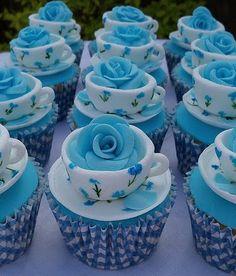 tea cup cupcakes!