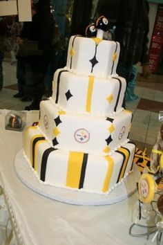 cheesecake wedding cakes pittsburgh pa the ultimate steelers cake football nfl 12574
