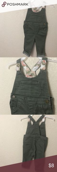 Cute olive green baby overalls 6-12months Cute olive green baby overalls 6-12months. No flaws Old Navy Bottoms Overalls