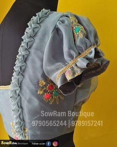 Blouse Courtesy Designer Blouse Ideas DM for Credits or Removal 😃 Tag your picture to get featured on this page Lehenga Designs, Kurta Designs, Cutwork Blouse Designs, Patch Work Blouse Designs, Simple Blouse Designs, Stylish Blouse Design, Bridal Blouse Designs, Blouse Neck Designs, Latest Saree Blouse Designs
