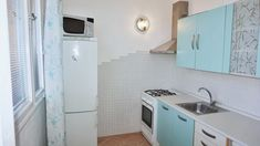 Byt k pronájmu Brno-Lesná, zařízený byt 2+1 s lodžií ulice Nezvalova, klidné bydlení v žádané lokalitě.
