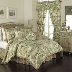 Waverly Garden Glory King Comforter Set X - Green - Queen King Size Comforters, Queen Comforter Sets, Bedding Sets, Chic Bedding, Modern Bedding, Waverly Bedding, Bedroom Scene, Master Bedroom, Master Suite