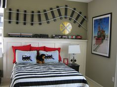 High Quality Train Track On Wall (pallet Boards U0026 Rope). Also Love Headboard Wall.