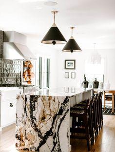 Küchen Design, House Design, Interior Design, Design Ideas, Waterfall Island, Sweet Home, All White Kitchen, Modern Kitchen Design, Home Kitchens