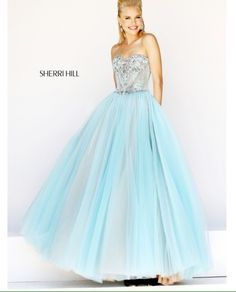 This is literally the prefect princess dress