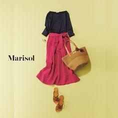 ハッピーなきれい色コーデから大人のピンクシャツコーデまで【アラフォーの1週間コーデ】 | ファッション誌Marisol(マリソル) ONLINE 40代をもっとキレイに。女っぷり上々! Knit Fashion, Fashion Looks, Womens Fashion, Fashion For Women Over 40, Teacher Outfits, Japanese Fashion, Spring Fashion, Black And Grey, Style Inspiration