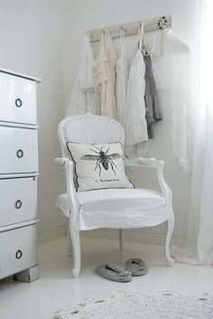 all white ~ home in Lervik, Sweden (Inspiring Interiors blog)