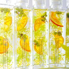 Orange summer ラグジュアリーハーバリウム Light Crafts, Fun Crafts, Diy And Crafts, Interior Paint Colors, Paint Colors For Home, Flowers In Jars, Dried Flowers, Botanical Interior, Flower Bottle