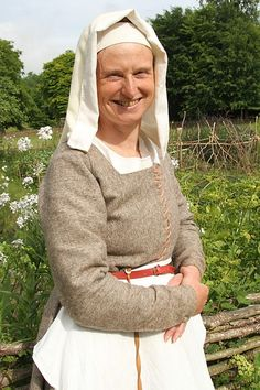 """""""""""BBC Two - Tudor Monastery Farm, Series 1 - Ruth Goodman"""""""" One of her kirtles from the show."""