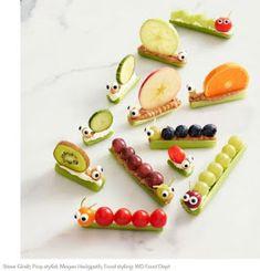 Ze zien er geweldig uit, deze supergezonde groenterupsen en -slakken.   Maar ieks, bleekselderij. Ik weet niet of alle kinderen dat lekker...