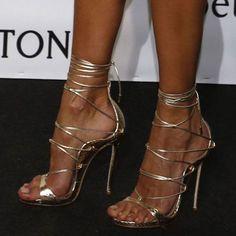 Shoespie Cross Strap Stiletto Heel Sandals #goldstilettoheels