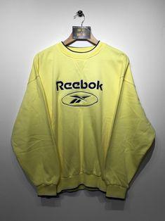 Reebok Sweatshirt size Large (but Fits Oversized) £32 Website➡️ www.retroreflex.uk #reebok #vintage #oldschool #truevintage #retro