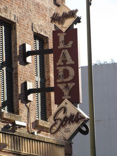 Win a giftcard for the Lady & Sons in Savannah! Click this pin for more information.