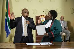 R500k to settle almost-finance minister Des van Rooyen's hotel bill R4 000 per night for cooperative governance minister Des van Rooyen to stay at the Pretoria Hotel while his new house is being completed… oh, and it comes with a private butler. http://www.thesouthafrican.com/r500k-to-settle-almost-finance-minister-des-van-rooyens-hotel-bill/