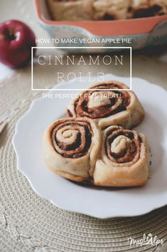 Vegan Apple Pie Cinnamon Rolls: An Apple Challenge — Maple Alps Healthy Breakfast Muffins, Breakfast On The Go, Breakfast Bake, Cinnamon Roll Apple Pie, Cinnamon Rolls, Healthy Vegan Snacks, Vegan Desserts, Apple Recipes, Vegan Recipes