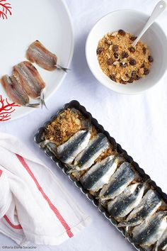 "Sardines ""beccafico"" or ""beccaficu"" are the typical second of Sicilian fish . Popular Italian Food, Cooking Time, Cooking Recipes, Italian Food Restaurant, Sardine Recipes, Italy Food, Light Recipes, Finger Foods, Food Inspiration"
