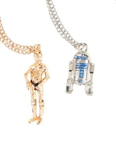 Gold & silver tone chain necklaces from Star Wars with & character design pendants. Disney Necklace, Bff Necklaces, Best Friend Necklaces, Disney Jewelry, Necklace Set, Gold Necklace, Gold Chain With Pendant, Chain Pendants, Gold Pendant