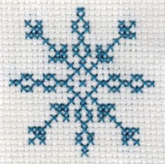 Freebie Gallery: Free snowflake cross stitch pattern by Yiotas XStitch