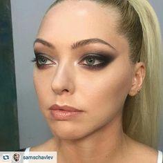 """Мейк продуктами Manly Pro💝  #Repost : @samschavlev ··· """" @manlyprocosmetics eyeshadows, """"Facechanger"""" powders Manly Pro. Smokey eye realness in my crazy Instagram/ Немного """"человеческого"""" мэйкапа в мой сумаcшедший Инстаграм. Тени и контурные пудры серии """"Меняющие лик"""" от ManlyPro  #manlypro #mua #makeup #mufe #artwork #artist #art #makeupartist #makeupmonday #makeupart #smokey #smokeymakeup #smokeyeye #blending """""""