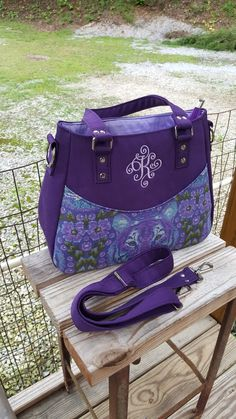 Miss Kitty Concealed Carry Handbag Pattern Available From American Schers On Craftsy