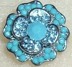 'LOVELY BLUE FLOWER ADJUSTABLE RING' is going up for auction at  9am Fri, Oct 26 with a starting bid of $1.