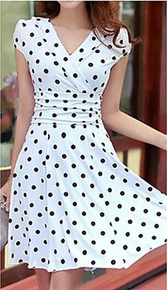 The Free V Neck Dress pattern is available in European sizes It has slightly crossed V neck and some folds to enhance the bust. patterns, V Neck Dress Pattern Free Dress Pattern Free, Sewing Patterns Free, Clothing Patterns, Free Sewing, Free Pattern, Neck Pattern, Pattern Sewing, Knitting Patterns, Patterns For Dresses
