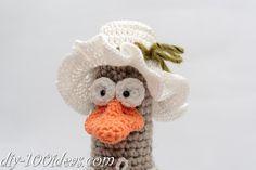 How to crochet a little amigurumi hat.