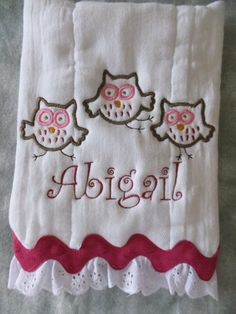Personalized and appliqued burp cloth baby by AppliquesByGranjan, $12.00