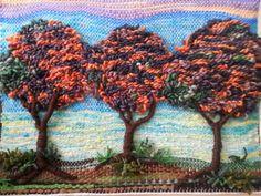 Árboles en otoño. Colchas Quilt, Creative Embroidery, Tapestry Weaving, Weaving Techniques, Loom Knitting, Basket Weaving, Textile Art, Sculpture Art, Fiber Art